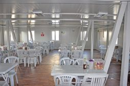 Container food court