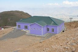 low cost prefabricated holiday buildings