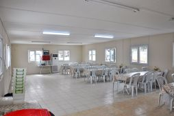 Modular temporary kitchen and dining facility